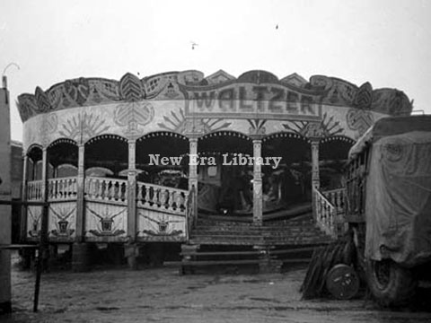M A Collins' Lakin Waltzer (back view)	Oldham	August 1949	New Era Library,image